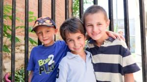 3 jeunes garcon